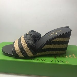 New kate spade open woven style Sandle size 5M